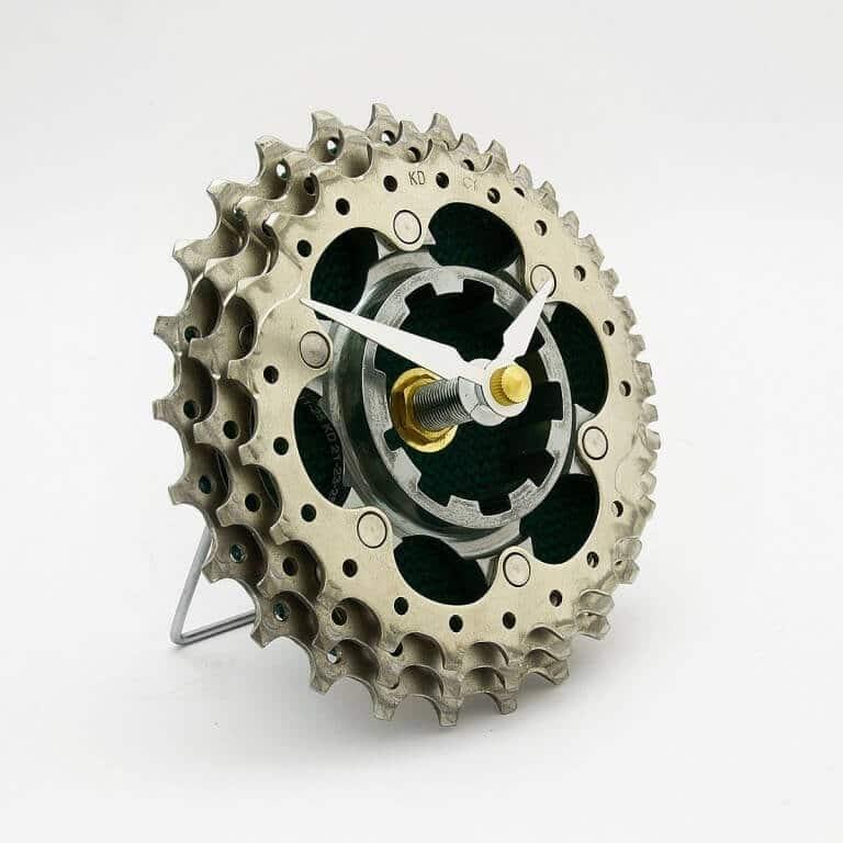 Uhr aus Fahrradgetrieben basteln - DIY Uhr