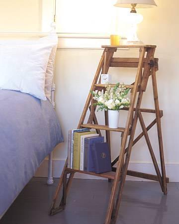 So kannst du am schönsten eine Leiter in dein Interieur einarbeiten - Nachttisch