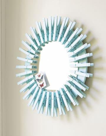 Deko Ideen mit Wäscheklammern - Spiegel mit Wäscheklammern dekorieren