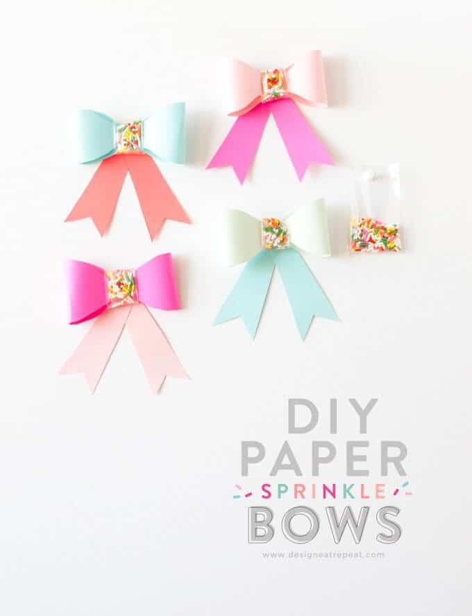 Papier-Schleifen basteln - DIY Dekoration