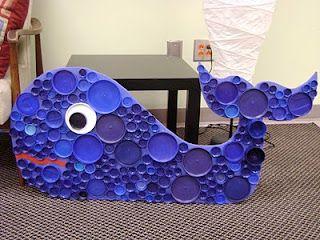 DIY Wal basteln aus Flaschendeckeln, Plastikdeckel wiederverwenden, Basteln mit Kleinkindern