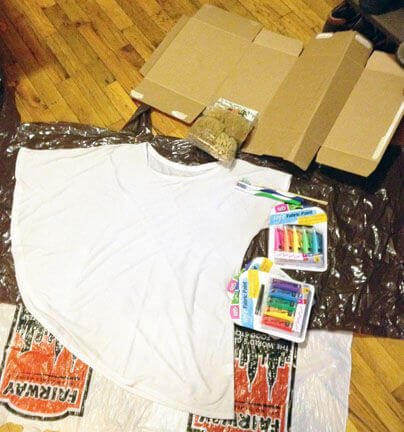 T-Shirt mit verschiedenen Farben selber basteln