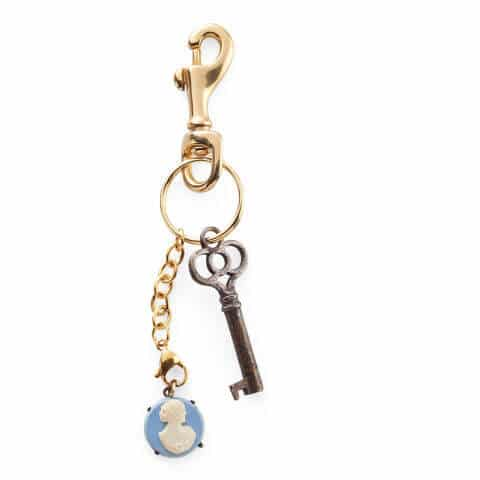 DIY Schlüsselhänger aus Schmuck basteln-Geschenke selber machen