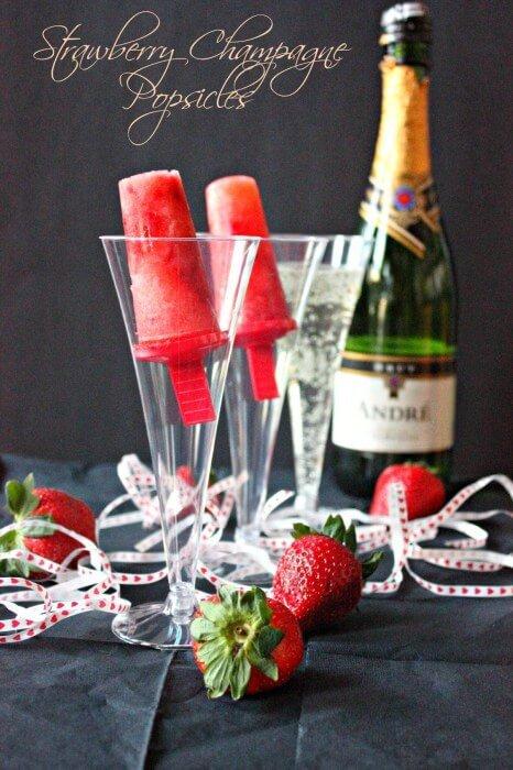 Leckere Rezepte für den Sommer - Erdbeer-Champagne Eis