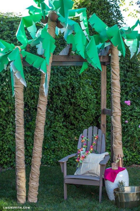 Palmen selber machen - DIY Garten-Party Deko