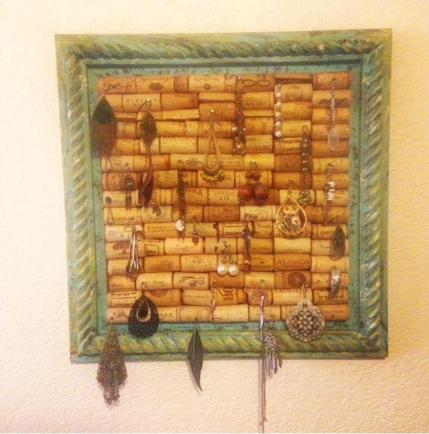 Schmuckhalter aus Weinkorken basteln-DIY Deko Ideen