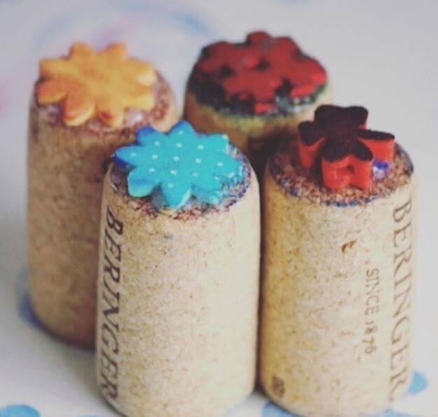 Weinkorken wiederverwenden- DIY Stempel für Kinder basteln