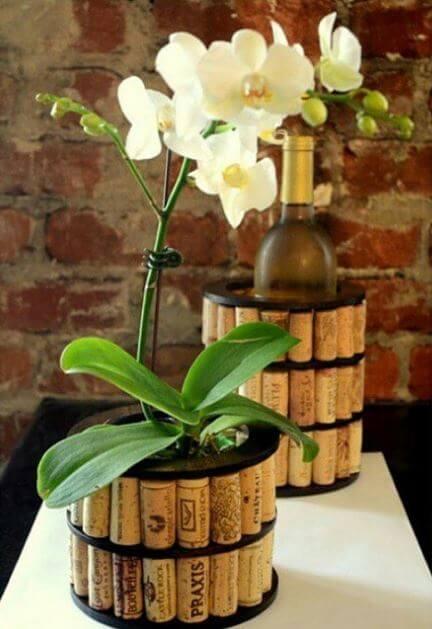 Blumentopf selber machen-Weinkorken wiederverwenden