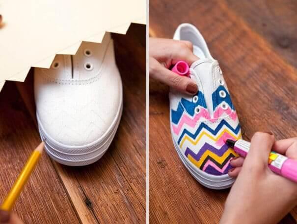 Schuhe mit Textilstiften bemalen