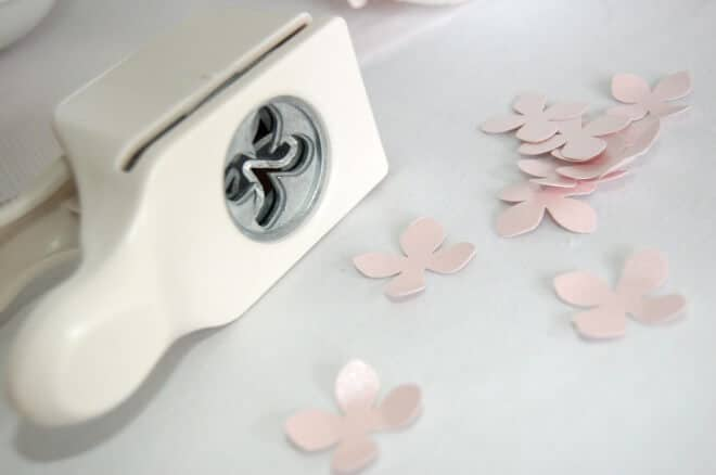Hochzeitsdeko Ideen, pinker Blumenball