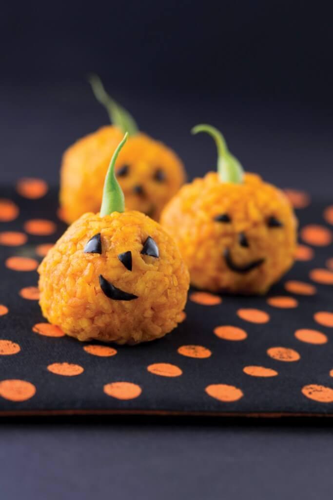 Mini-Kürbislaternen zu Halloween machen