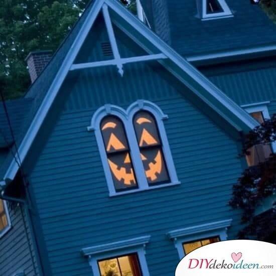 Fenster dekorieren zu Halloween - Geistergesicht selber machen