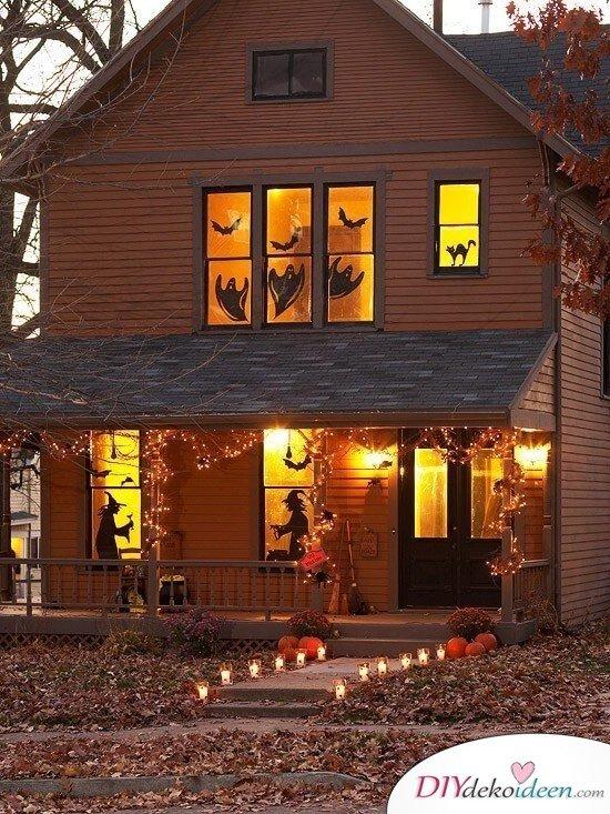 Fenster dekorieren zu Halloween - Fensterdeko mit Geistern und Fledermäusen
