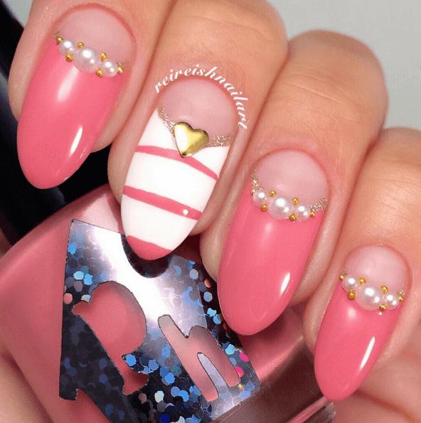 Nägel bemalen Pink Perlen, DIY Nageldesign Ideen zum Valentinstag