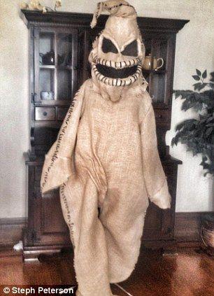 Sackleinen-Maske-Gruselkostüm zu Halloween
