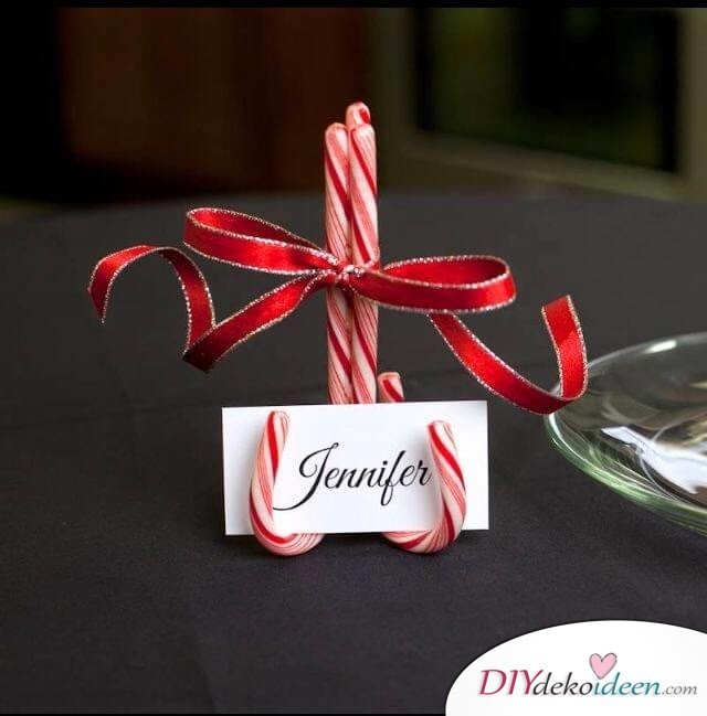 DIY Tischdeko Ideen zu Weihnachten, Sitzkartenhalter aus Zuckerstangen basteln
