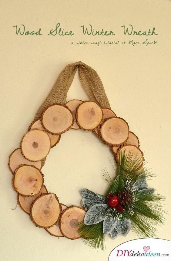 DIY Weihnachtsdeko Ideen, Weihnachtskranz, Türdeko Naturholz basteln