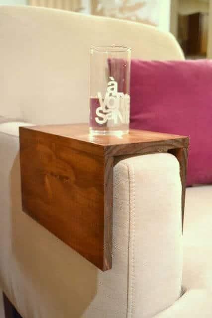 Deko Ideen und DIY Wohnaccessoires zum Selbermachen, Regal für die Couch