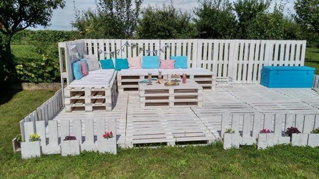 Schöne Sommer-Gartenmöbel zum Selbermachen