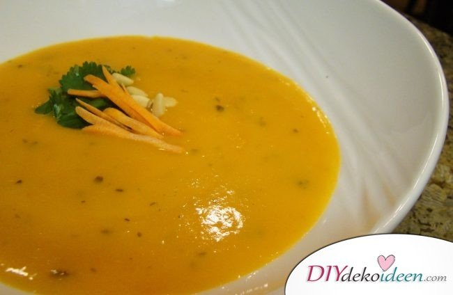 Karottensuppe zum Abnehmen, Suppe mit wenig Kalorien, Abnehmplan