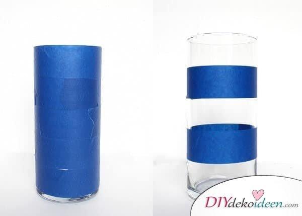 Vasen mit Klebestreifen bekleben-Muster selber machen