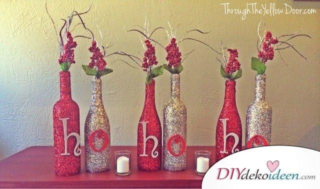DIY Weihnachtsdeko Bastelideen mit Weinflaschen, Glitzer Rot-Gold Vase