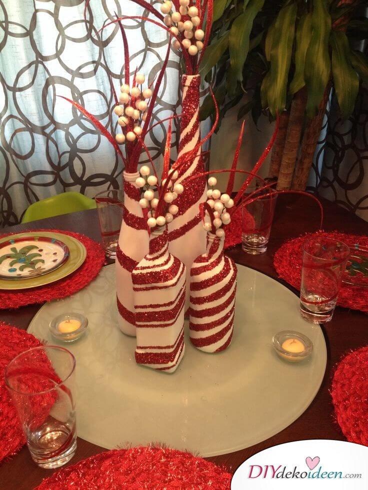 DIY Weihnachtsdeko Bastelideen mit Weinflaschen, Rot-Weiß Deko, Tischdeko zu Weihnachten