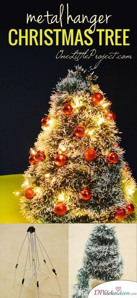 DIY Weihnachtsbaum-Bastelideen, Weihnachtsdeko aus Kleiderbügeln