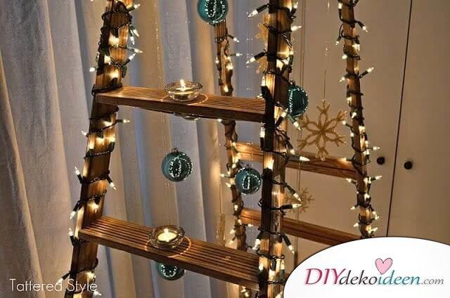 DIY Weihnachtsbaum-Bastelideen, Leiter zu Weihnachten dekorieren