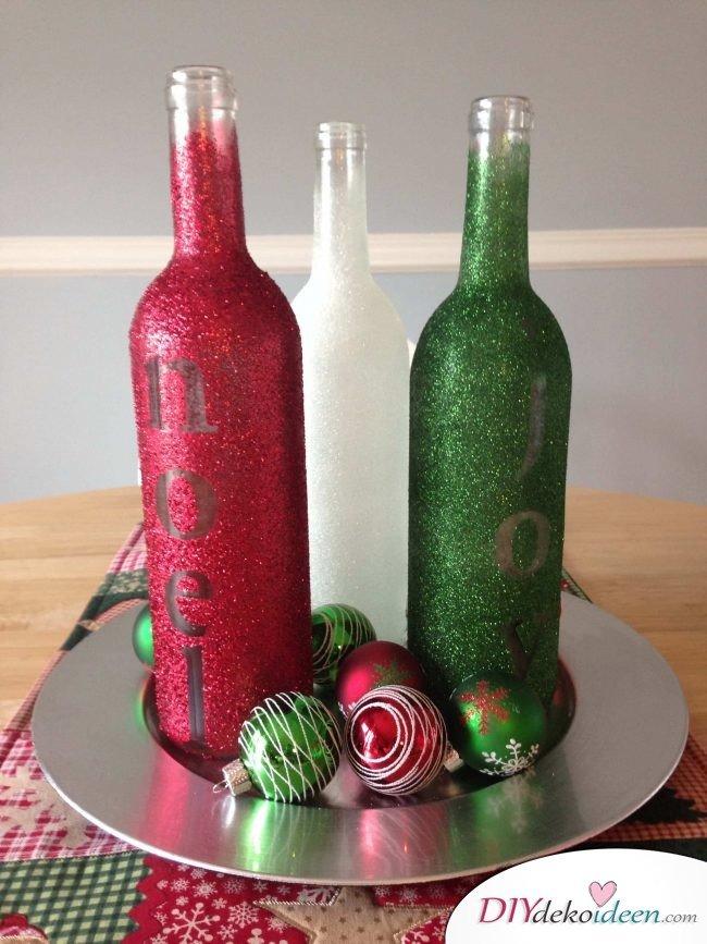 DIY Weihnachtsdeko Bastelideen mit Weinflaschen, Glitzervasen mit Namen