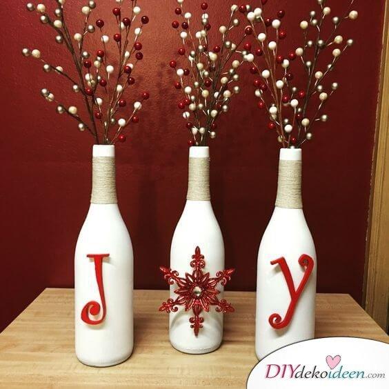 DIY Weihnachtsdeko Bastelideen mit Weinflaschen, Naturschnurr, Zierbeeren-Deko