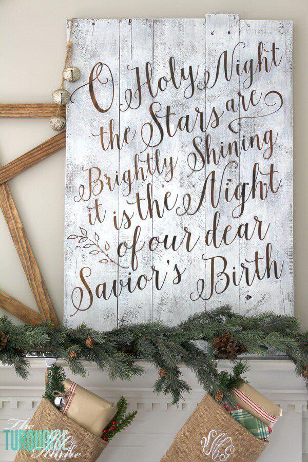 Bild zu Weihnachten, Weihnachtsdeko zum Selbermachen, DIY Bastelideen zu Weihnachten mit einer Europalette