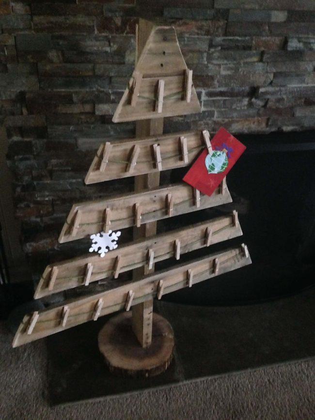 DIY Bastelideen zu Weihnachten mit einer Europalette, Weihnachtsbaum basteln