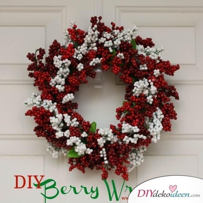 Weihnachtsdeko zum Selbermachen, wunderschöner Weihnachtskranz, DIY Weihnachtsdeko Bastelideen