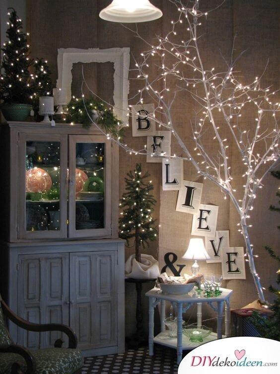 Weihnachtsdeko Ideen Mit Lichterketten Leuchtende Zweige, Äste Dekorieren