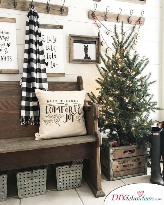 Weihnachtsdeko Ideen mit Lichterketten-Weihnachtsbaum schmücken