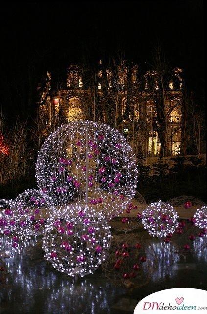 wunderschöne leuchtende Weihnachtskugeln basteln, mit Weihnachtsbaumschmuck