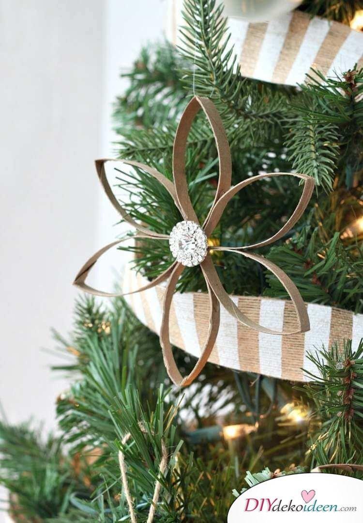 DIY Schmuck Ideen aus Papier, Weihnachtsstern basteln aus Klopapierrollen