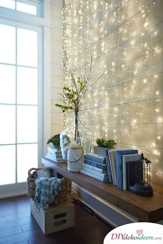 Weihnachtsdeko Ideen mit Lichterketten-leuchtende Wanddeko