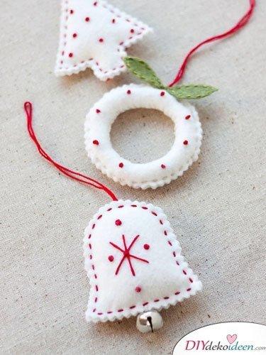 DIY Weihnachtsdeko und Bastelideen zu Weihnachten, skandinavische Deko, Weihnachtsschmuck aus Filz nähen