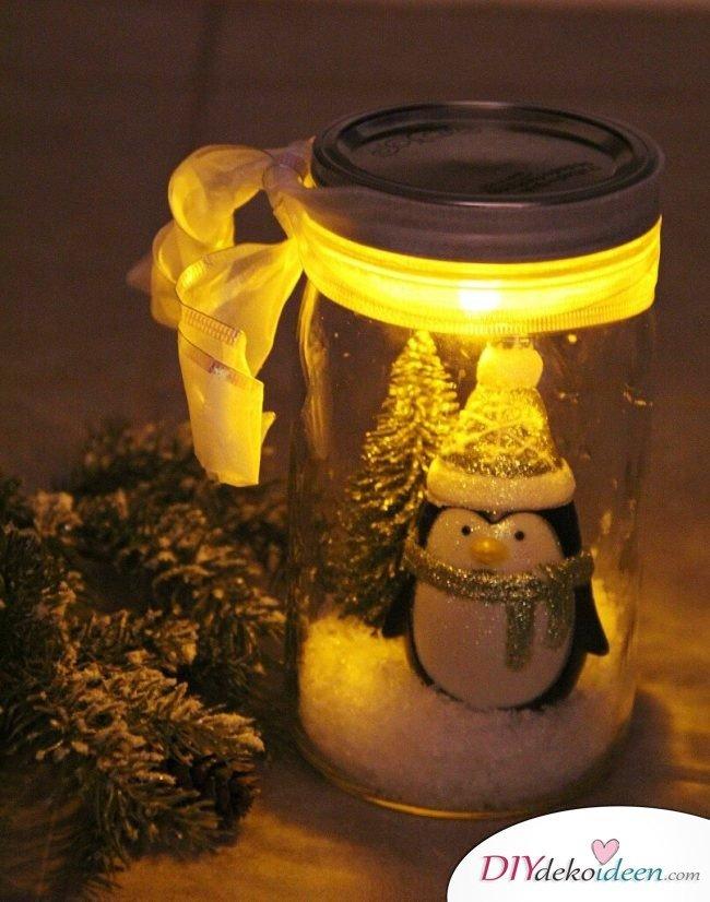 Weckgläser DIY für Weihnachtsgeschenkideen-Schneekugel basteln
