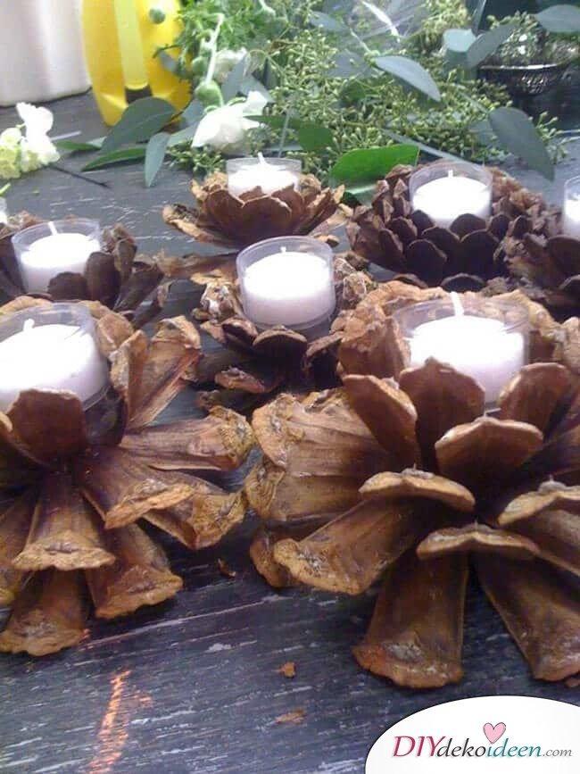 DIY Weihnachtsdeko Bastelideen mit Tannenzapfen-Kerzendeko selber machen