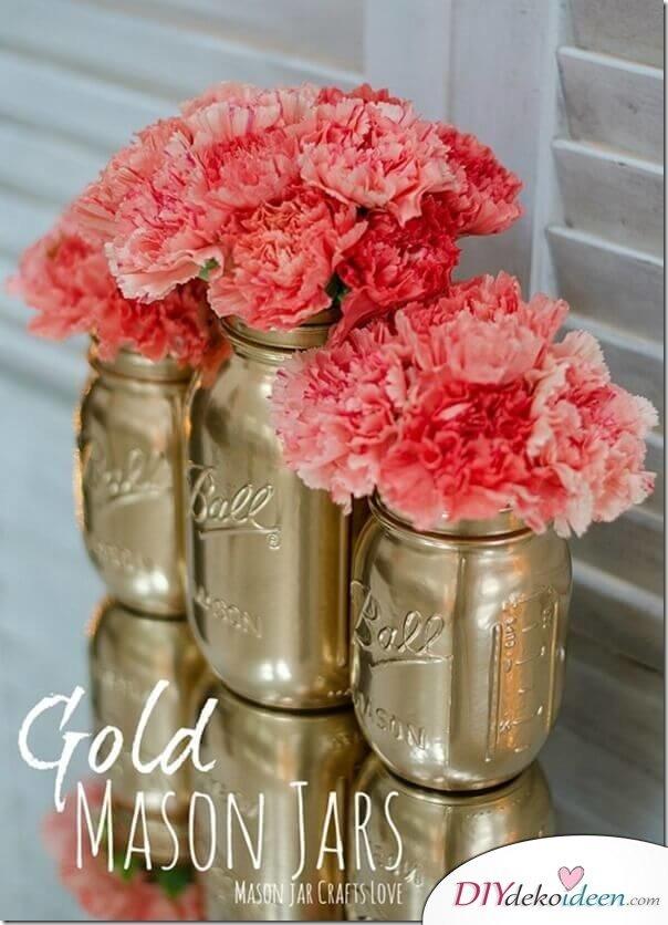 DIY Deko Vasen aus Weckgläsern basteln - Ideen mit Sprayfarben