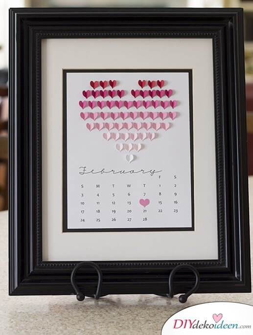 Februarkalender mit Herz - DIY Dekoidee für den Tag der Liebe