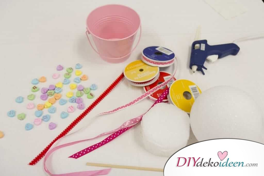 DIY Deko für den Valentinstag - Zuckerherzenbäumchen