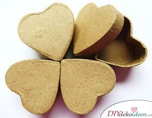DIY Geschenk zum Valentinstag - Verzierte Schmuckschachteln