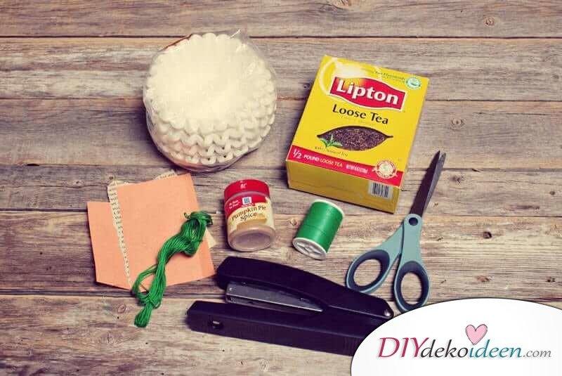 DIY Geschenk zum Valentinstag - Selbstgebastelte Teebeutel mit Herzchen