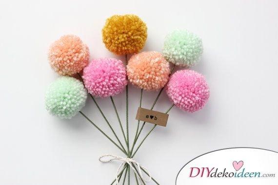 DIY Geschenk zum Valentinstag - Niedliche Pompon-Blumen