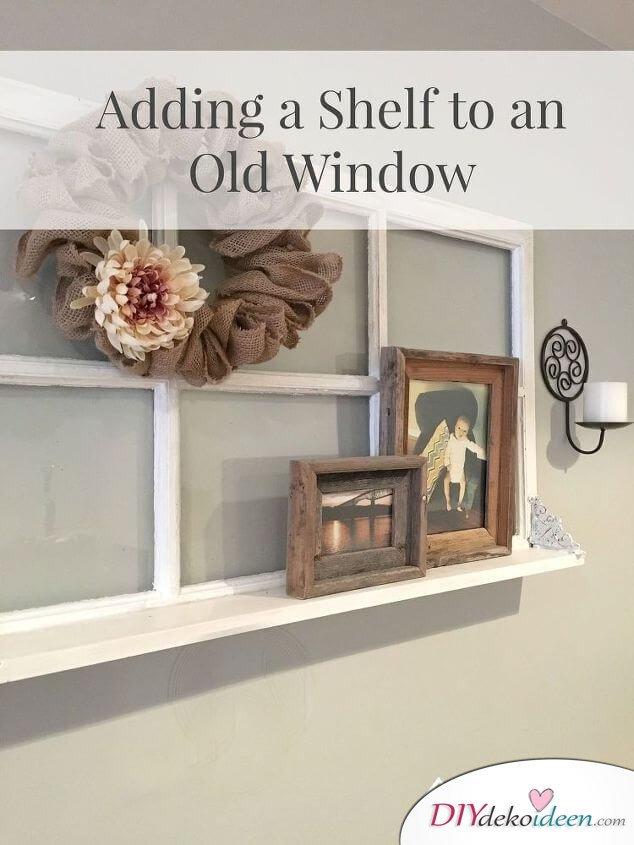 attraktives Wandregal aus alten Fenstern basteln
