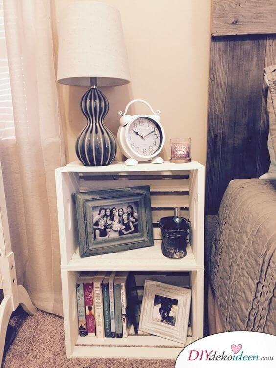 Nachttisch selber machen - DIY Möbel aus Kisten